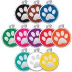 Hundmarken mit stahlfarbenem Pfotenabdruck in allen Farben.