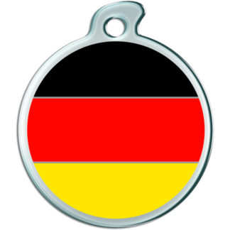 Picture of a round dog tag with the German flag.